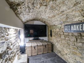 Cosy Cave Stanhope Castle - Yorkshire Dales - 913412 - thumbnail photo 22