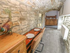 Cosy Cave Stanhope Castle - Yorkshire Dales - 913412 - thumbnail photo 19