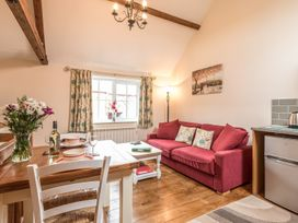 1 Stable Cottage - Shropshire - 913467 - thumbnail photo 3
