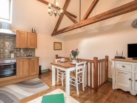 1 Stable Cottage - Shropshire - 913467 - thumbnail photo 6