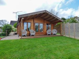 Pennylands Hill View Lodge - Cotswolds - 913474 - thumbnail photo 1