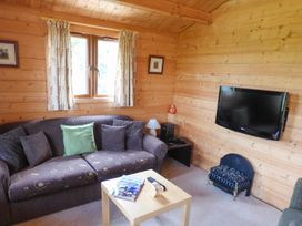 Pennylands Hill View Lodge - Cotswolds - 913474 - thumbnail photo 5