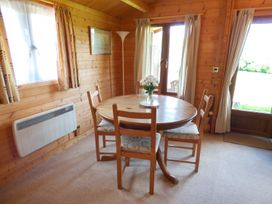 Pennylands Hill View Lodge - Cotswolds - 913474 - thumbnail photo 9