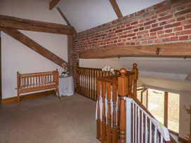 Hadleigh Farm Barn - Norfolk - 914136 - thumbnail photo 6