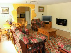 Winsor Cottage - South Wales - 914184 - thumbnail photo 2