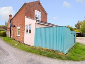 2 Lock Cottages - Norfolk - 914371 - thumbnail photo 2