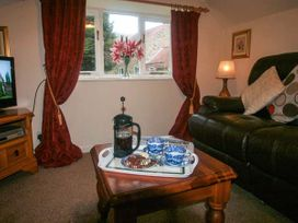 Apple Cottage - North Yorkshire (incl. Whitby) - 914454 - thumbnail photo 5