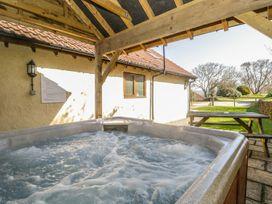 Walnut Cottage - Somerset & Wiltshire - 914740 - thumbnail photo 22