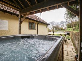 Walnut Cottage - Somerset & Wiltshire - 914740 - thumbnail photo 26