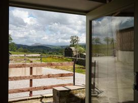 Penyghent View - Yorkshire Dales - 914777 - thumbnail photo 4