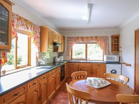 Drainbyrion Farm House - Mid Wales - 914874 - thumbnail photo 12