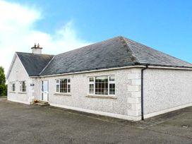 Sussex Lodge - County Wexford - 914879 - thumbnail photo 1