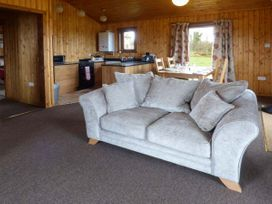 Heron View Lodge - Somerset & Wiltshire - 915080 - thumbnail photo 2