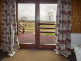 Heron View Lodge - Somerset & Wiltshire - 915080 - thumbnail photo 4