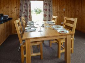 Heron View Lodge - Somerset & Wiltshire - 915080 - thumbnail photo 8