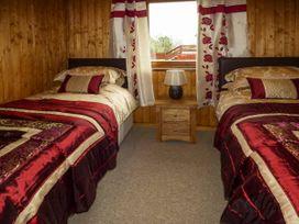 Heron View Lodge - Somerset & Wiltshire - 915080 - thumbnail photo 10