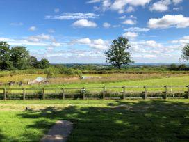 Heron View Lodge - Somerset & Wiltshire - 915080 - thumbnail photo 14