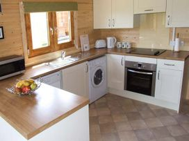 Pennylands Willow Lodge - Cotswolds - 915108 - thumbnail photo 5
