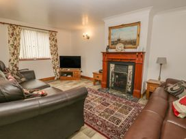 Airy Hill Farm Cottage - Whitby & North Yorkshire - 915190 - thumbnail photo 9