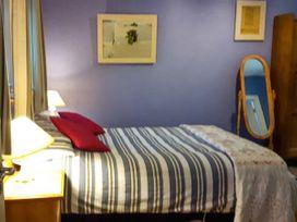 Larkside Cottage - East Ireland - 915392 - thumbnail photo 10