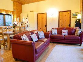 Sycamore Lodge - Mid Wales - 915502 - thumbnail photo 3