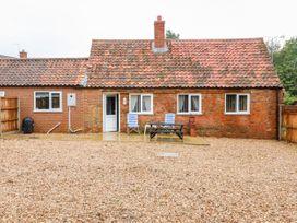 Hadleigh Farm Cottage - Norfolk - 915577 - thumbnail photo 1