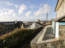 Goronwy Cottage - North Wales - 915804 - thumbnail photo 46