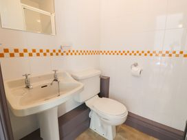 Goronwy Cottage - North Wales - 915804 - thumbnail photo 30