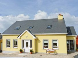 Quay Road Cottage - County Donegal - 915898 - thumbnail photo 1