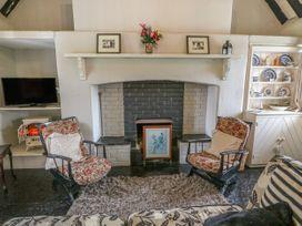 No. 9 Lough Derg Thatched Cottages - South Ireland - 916653 - thumbnail photo 3
