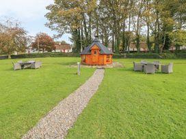 No. 9 Lough Derg Thatched Cottages - South Ireland - 916653 - thumbnail photo 17