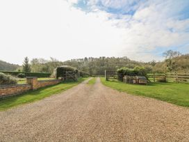 Newfield Green Farm Cottage - Peak District - 916852 - thumbnail photo 30