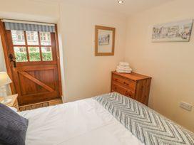 Hendoll Cottage 1 - North Wales - 916895 - thumbnail photo 13