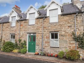 Granny's Cottage - Scottish Highlands - 916926 - thumbnail photo 1