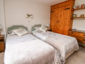 Holly Farm Cottage - Mid Wales - 917219 - thumbnail photo 17