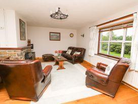 Holly Farm Cottage - Mid Wales - 917219 - thumbnail photo 2