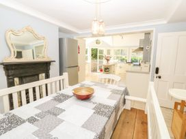 Burford House - Isle of Wight & Hampshire - 917394 - thumbnail photo 15