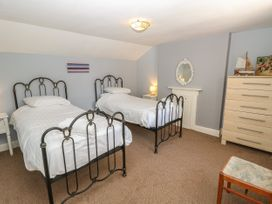 Burford House - Isle of Wight & Hampshire - 917394 - thumbnail photo 29