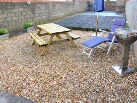 The Beach House - South Wales - 917535 - thumbnail photo 9