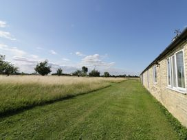 The Stables - Central England - 917548 - thumbnail photo 11
