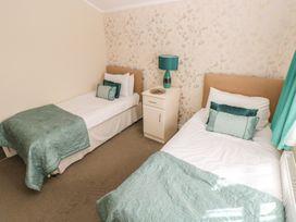 Oak Lodge - South Wales - 917601 - thumbnail photo 16