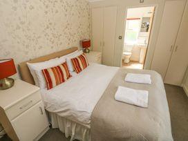 Oak Lodge - South Wales - 917601 - thumbnail photo 17