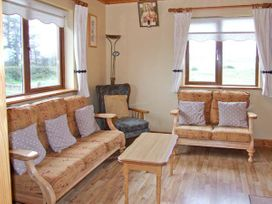 Mullagh Cottage - County Clare - 917695 - thumbnail photo 3