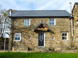 4 bedroom Cottage for rent in St Clears