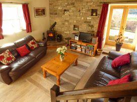 1 Manor Barn - Yorkshire Dales - 917882 - thumbnail photo 2