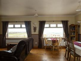 Glassillaun Beach House - Shancroagh & County Galway - 918002 - thumbnail photo 6