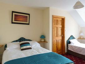 Glassillaun Beach House - Shancroagh & County Galway - 918002 - thumbnail photo 11