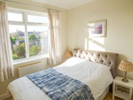 Sea View House - Whitby & North Yorkshire - 918016 - thumbnail photo 7