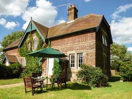 Ferry Cottage - Suffolk & Essex - 918137 - thumbnail photo 1