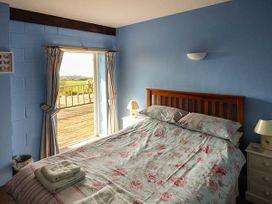 Swifts - Isle of Wight & Hampshire - 918526 - thumbnail photo 9